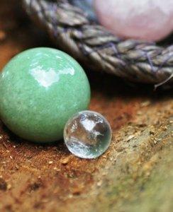 Massagekugel Aventurin Grün und BErgkristall