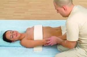 Die Armmassage mit dem Classic Massageroller
