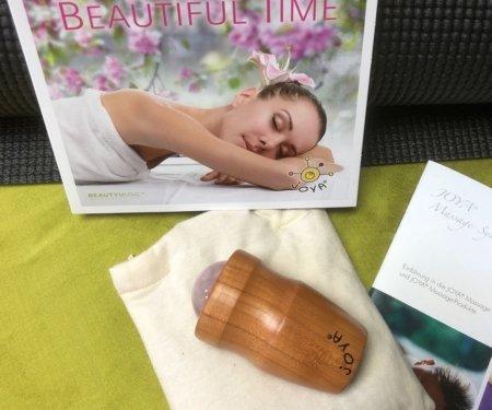 JOYA Edelstein Massage Set Sommerfrische - Massageroller Mini FAce & Body mit Rosenquarz und die CD Beautiful Time