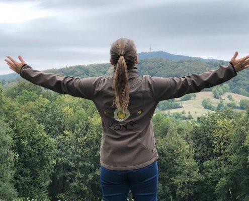 Genieße den Wald, seine aromatischen Düfte, atme tief ein und dein Körper wird es dir danken