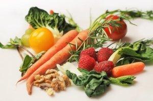 Gesundes Obst und Gemüse zu sich nehmen ist sehr wichtig für einen gesunden Körper