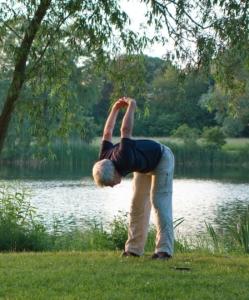 Yoga Übung im Freien