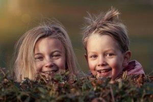 Kinder lachen bis zu 400 mal täglich